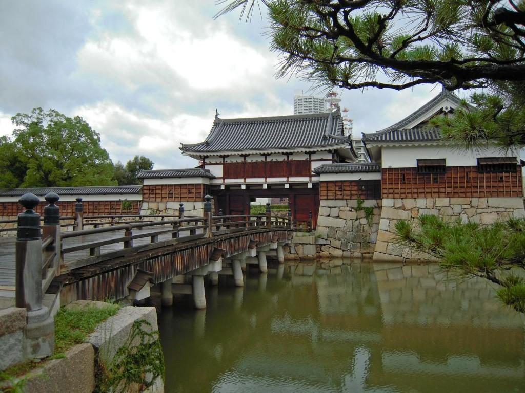 広島城登場門 堀端